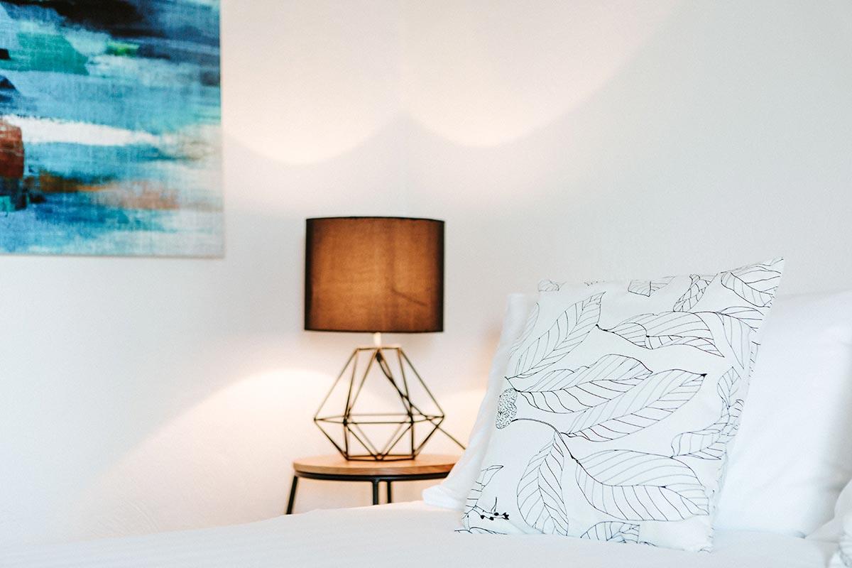 berry-nsw-motel-accommodation-premium-queen-room